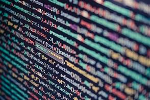 beeldscherm gevuld met computercode