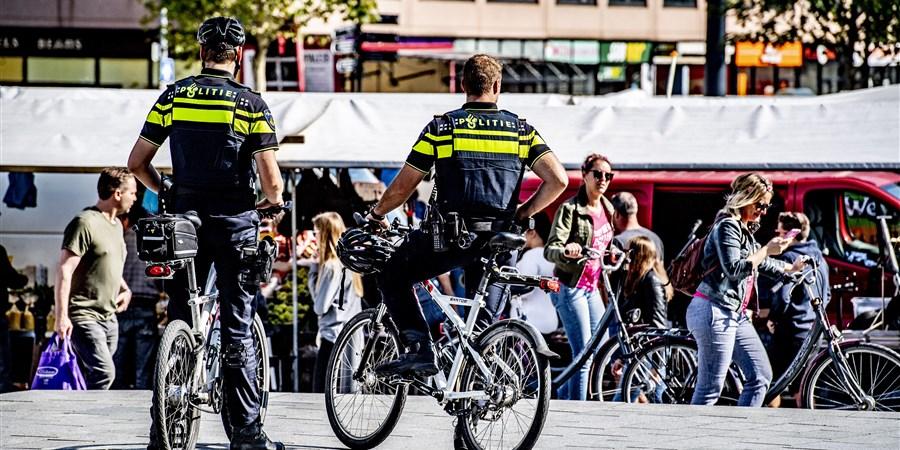 Politieagenten op straat