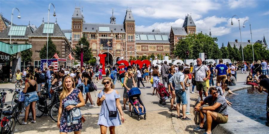 Grote steden ondervinden regelmatig problemen als gevolg van drukte door toerisme