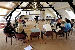 Cursus leren communiceren en omgaan met hun omgeving voor jongeren