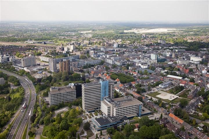 Luchtfoto Heerlen en omgeving