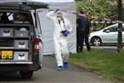 Politie- en forensisch onderzoek op plek waar iemand vermoord is
