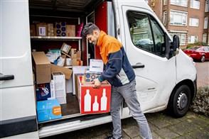 Pakketbezorger van Post.nl