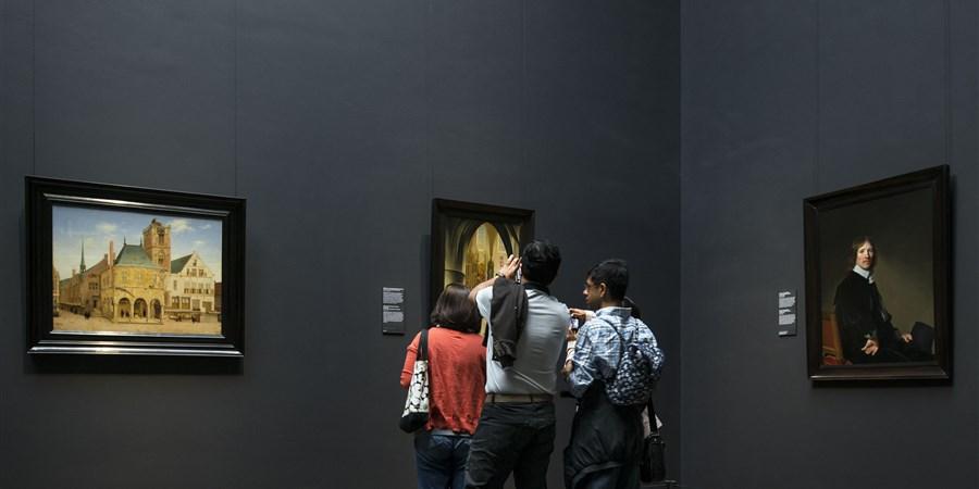 Mensen in Rijksmuseum